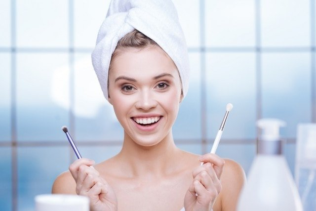 Ways You Can Properly Cleanse Your Makeup Tools