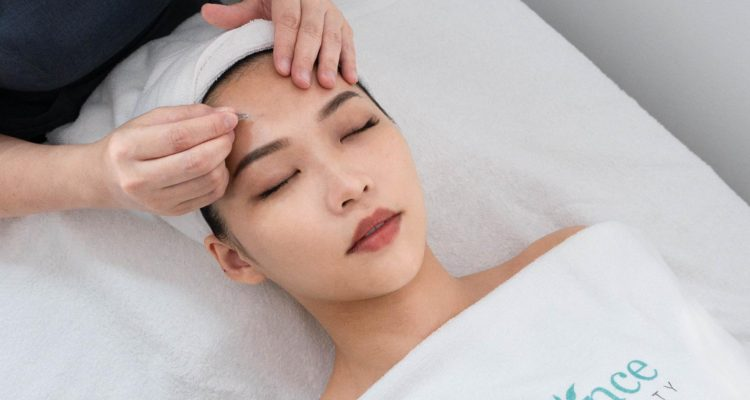Best_Acne_extraction_facial_Singapore