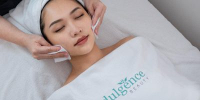 Best_Acne_extraction_facial_Singapore_MD_Dermatics_internation_plaza_cleansing