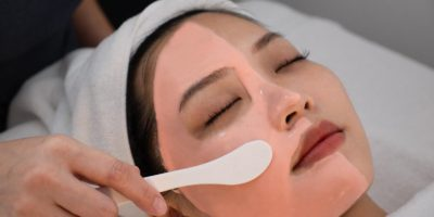 Best_Acne_extraction_facial_Singapore_MD_Dermatics_internation_plaza_mask